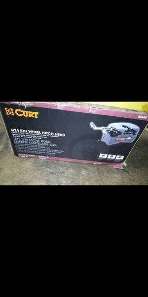 Curt Q24 24K lb 5th Wheel Hitch Head and Roller for Sale in Fontana, CA