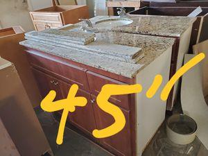 kitchen cabinets for Sale in Opa-locka, FL