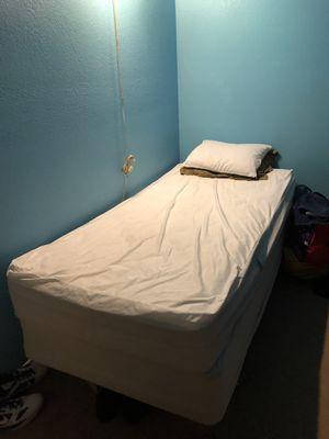 Twin bed for Sale in Phoenix, AZ