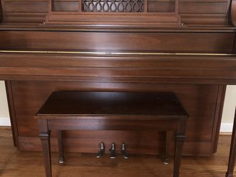 Give Your Child The Gift Of Music Yamaha Piano And Bench (made In Japan) Excellent Condition . for Sale in Pittsburgh,  PA