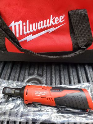 Milwaukee M12 ratchet set for Sale in Riverview, FL
