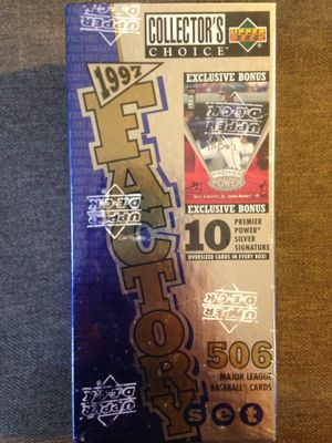 1997 Factory Set, Upper Deck Collector's Choice, Baseball cards for Sale in MD, US