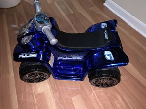 Kids electric ride on toy for Sale in Westport, MA