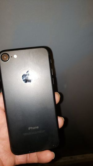 iPhone 7 cricket and at&t for Sale in Lynwood, CA