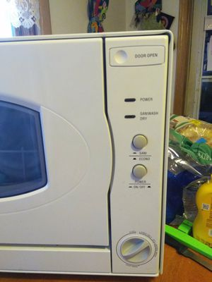 Brand new, never used counter top dishwasher for Sale in Lakemoor, IL