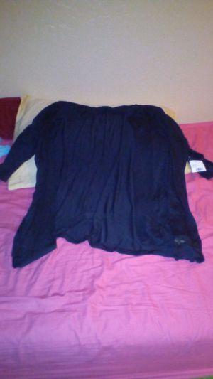 Ladies cardigan new with tag 34 will take half off for Sale in Phoenix, AZ
