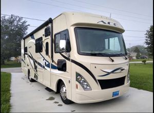 RV Class a Thor ACE 30ft 2016 for Sale in Windermere, FL