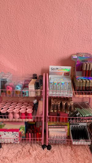 Make up for Sale in Buena Park, CA