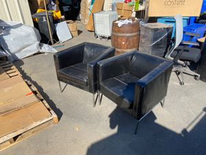 Leather chair set for Sale in Gardena, CA