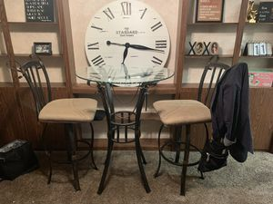 Counter Height Small Dining Table for Sale in Columbus, OH
