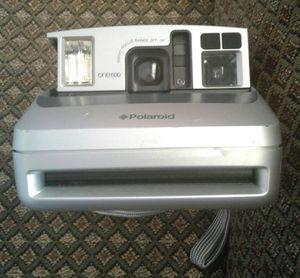 Old school polaroid one600 for Sale in Santa Monica, CA