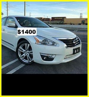 Price$1400 Nissan Altima for Sale in Fresno, CA