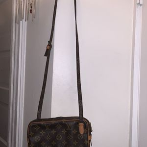 ❤️ Louis Vuitton Crossbody Bag❤️ for Sale in Woodmere, NY