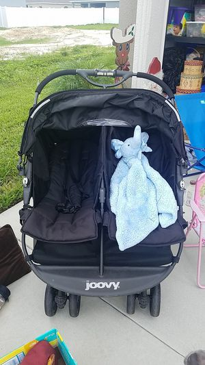 Double stroller easy to steer for Sale in Lakeland, FL