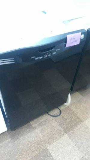 Ge dishwasher excellent condition for Sale in Halethorpe, MD