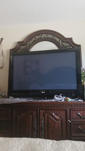 """LG tv ! 40"""" for Sale in Tacoma, WA"""