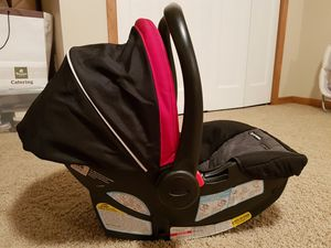Graco Car seat for Sale in Iowa City, IA