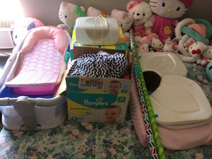BABY GIRL BUNDLE ! for Sale in Port Richey, FL