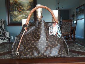 Louis Vuitton Monogram GM Astry for Sale in Indianapolis, IN