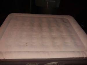 Magellan queen sized air mattress for Sale in Houston, TX