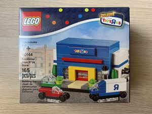 RARE Lego 40144 Bricktober Toys R Us Store Exclusive - New, Sealed 165 Pcs for Sale in Los Angeles, CA