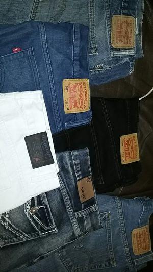 Levis jeans for men for Sale in Las Vegas, NV