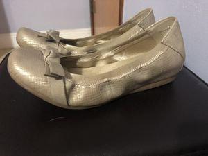 Tan/Gold ballerina flats size 7 for Sale in Miami, FL