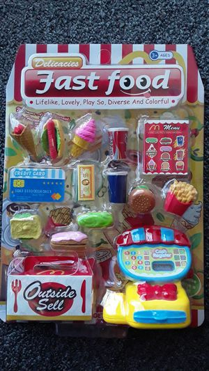 FAST FOOD NEW TOYS $8 ✔✔✔PRICE IS FIRM✔✔✔ for Sale in South Gate, CA