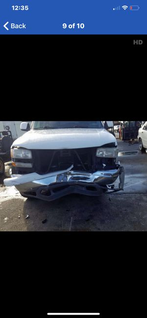 2003 GMC Yukon 5.3 2wd parts for Sale in Lancaster, CA