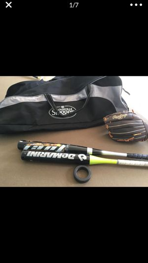 Demarini professional softball bat , 1 other nice bat , bag , lightly used glove , swinging weight( leaving jersey mesh me ASAP if interested!!) for Sale in Blackwood, NJ