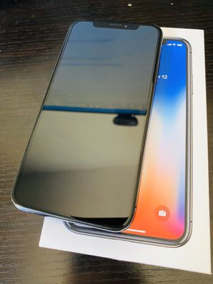 iPhone X, 256GB, Space Gray. UNLOCKED. Nearly perfect condition. Comes with protection cases. for Sale in Carmichael, CA