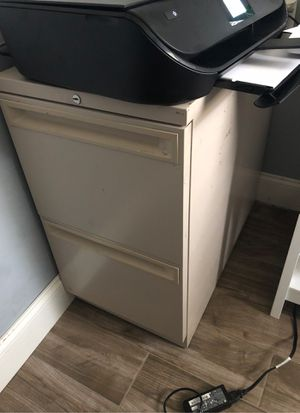 Filing cabinet for Sale in Port St. Lucie, FL