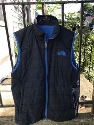 The North Face reversible vest jacket fleece bubble size S outdoors Patagonia for Sale in Waterbury, CT