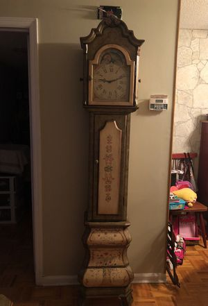 Antique Grandfather Clock for Sale in Newark, NJ