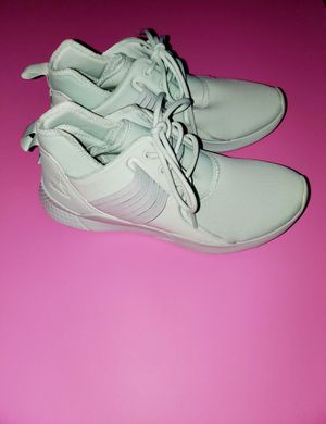 Reebok turnzone shoes 6.5 for Sale in Four Oaks, NC