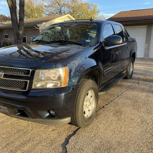 Chevy Avalanche for Sale in Dallas, TX