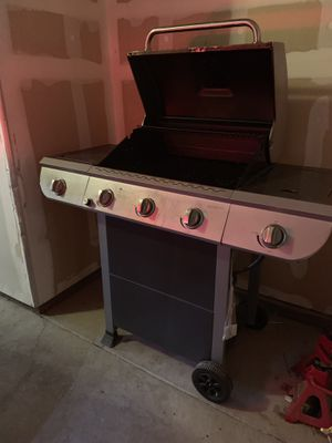 BBQ grill for Sale in Fresno, CA
