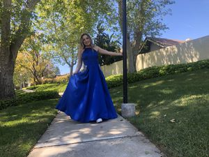 Windsor prom dress for Sale in Upland, CA