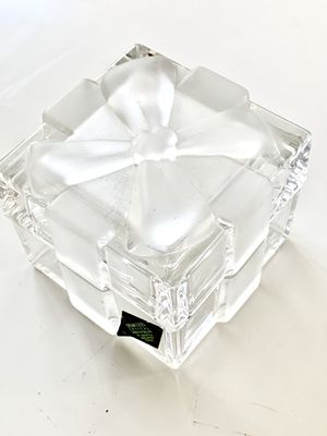 Shannon Ring Box Czech Crystal Gift Trinket or Display Flawless for Sale in Miami, FL