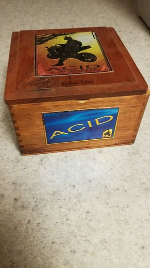 Wood box for Sale in Lacey, WA