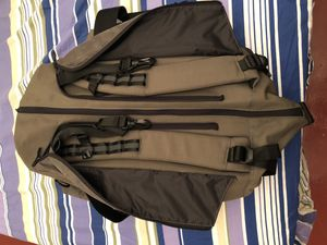 Oakley back pack/Duffle bag for Sale in Brooklyn, NY