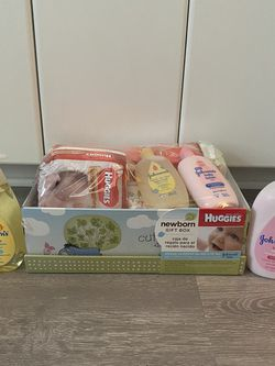 Newborn Winnie Pooh Huggies Gift Box for Sale in Port Charlotte,  FL