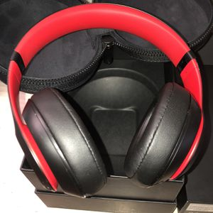 Beats Studio3 Red/Black for Sale in Arlington, VA