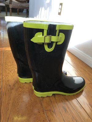 Women's rain boots for Sale in Pumpkin Center, CA