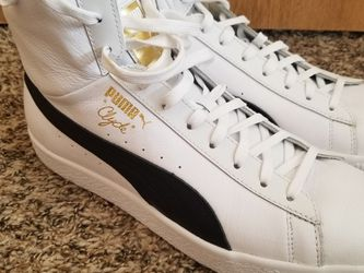 Puma Clyde Mid White/Black Size 12 for Sale in Seattle,  WA
