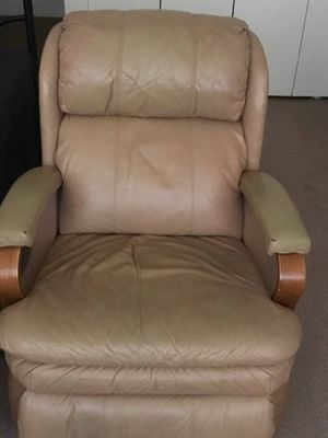 Beige/Brown Recliner for Sale in Fort Lee, NJ