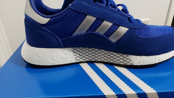 BRAND NEW Adidas originals Marathon x5923