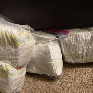 Newborn Diapers for Sale in Lynnwood, WA