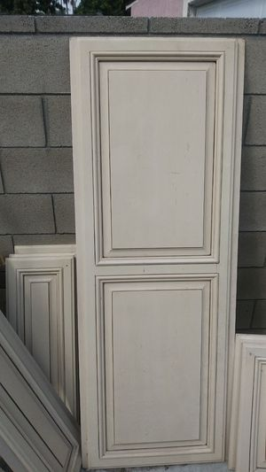 Large good condition cabinet doors $5 each for Sale in Long Beach, CA