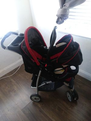 Car seat and stroller for Sale in Pembroke Pines, FL